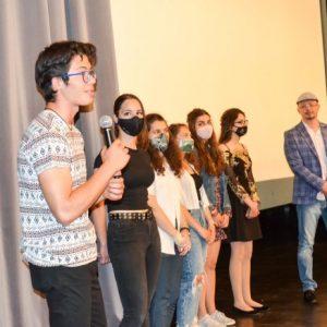 """Ученици представиха свои филми в програмата на """"Златната липа"""" за Деня на детето"""