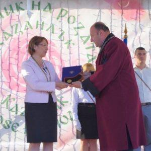 Кметът на Казанлък – удостоен със златен медал от Технически университет – София