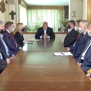 Премиерът Борисов: Продължаваме да работим отговорно, докато други променят изборните правила в услуга на Радев