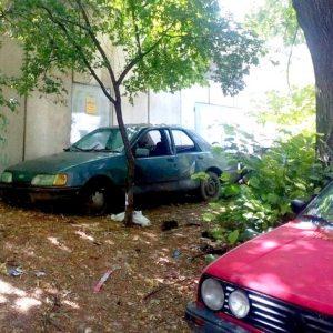 Репатрират на наказателен паркинг автомобили без регистрационни табели